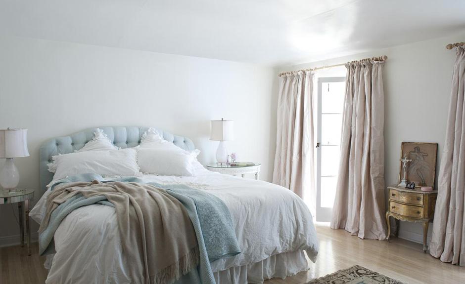 shabby chic elegance apartments i like blog. Black Bedroom Furniture Sets. Home Design Ideas