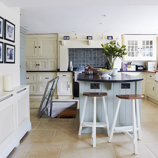 French country apartments i like blog for Kitchen flooring ideas uk