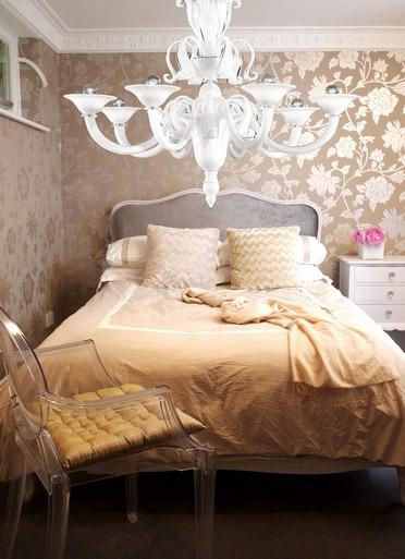 Chandelier fascination in bedrooms apartments i like blog - Inexpensive chandeliers for bedroom ...