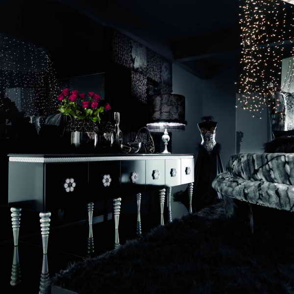 Black wallpaper apartments i like blog for Black living room ideas