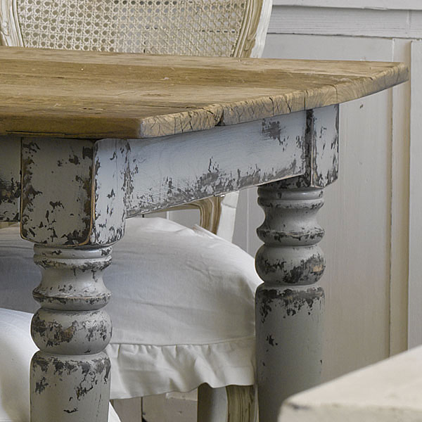Kitchen Bench Finishes: Shabby Chic Furniture Finishing