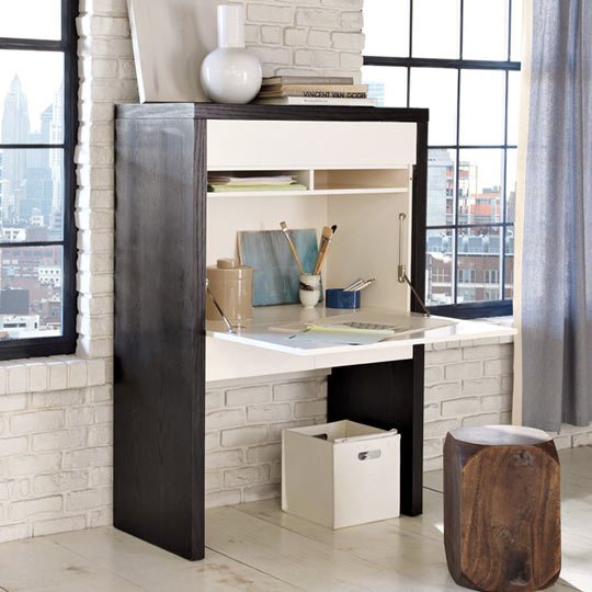 Desks for small spaces apartments i like blog - Secretary desk for small spaces property ...