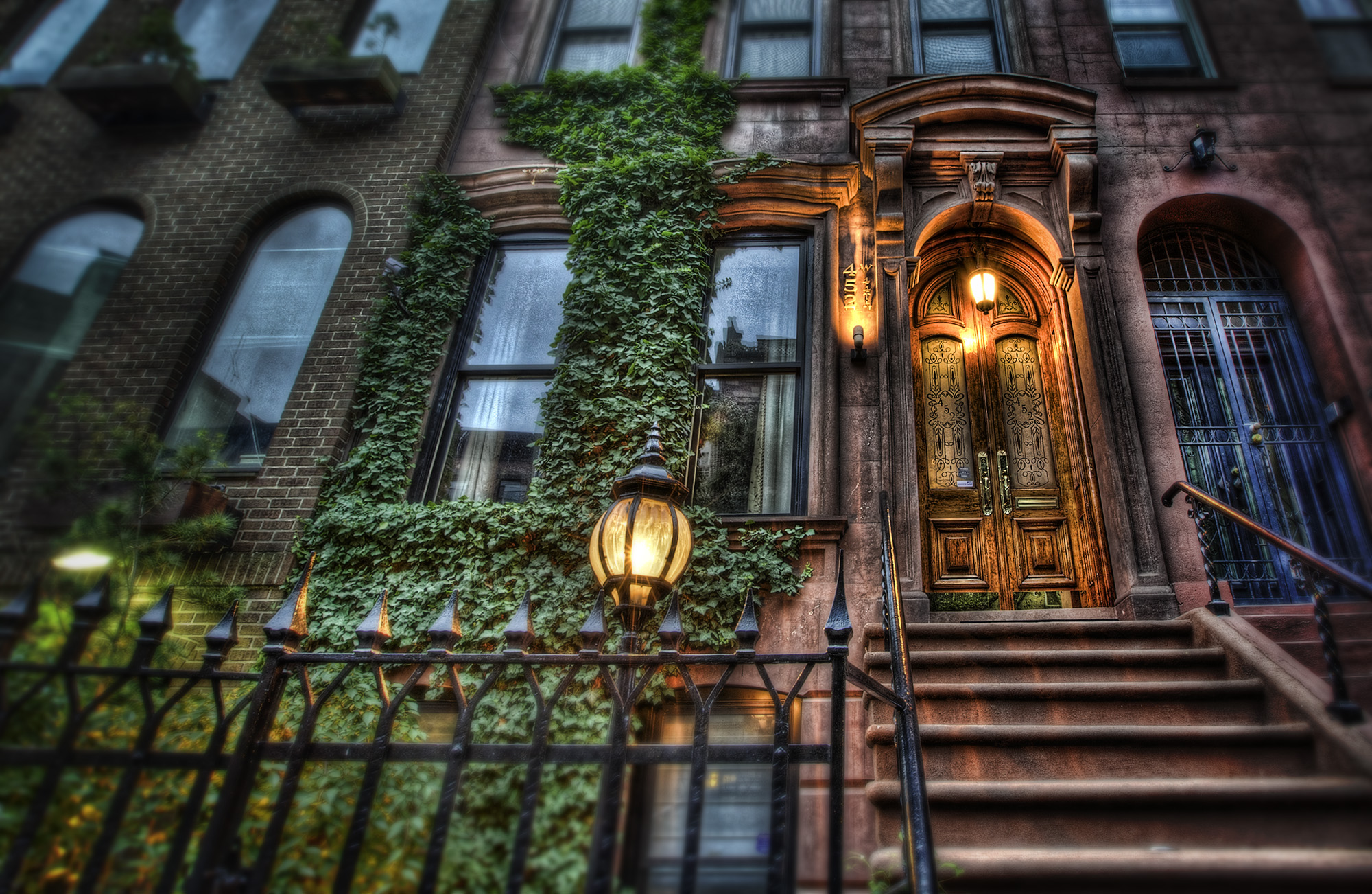 Brownstones apartments i like blog for Best house classics