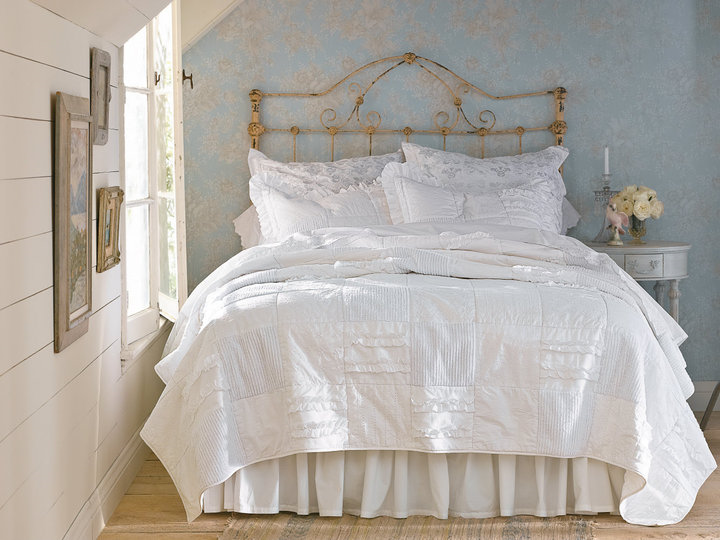 Perfect Shabby Chic Bed 720 x 540 · 486 kB · png