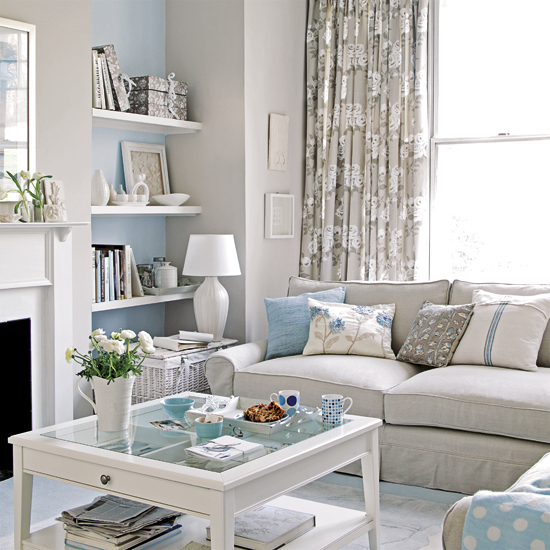 Pale blue decor apartments i like blog for Blue living room decor ideas