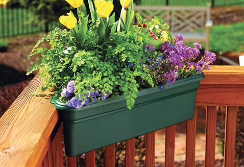 Summer flowers apartments i like blog - Unusual planters for outdoors ...