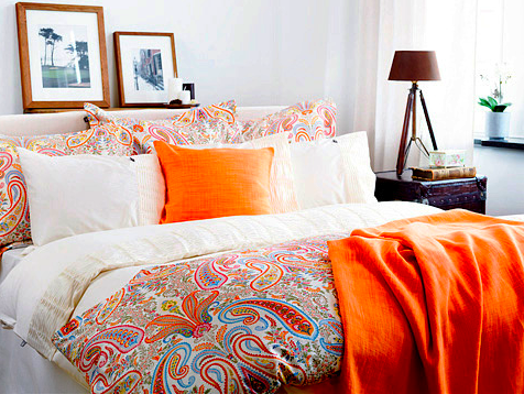 Paisley wallpaper apartments i like blog - Orange and light blue bedroom ...