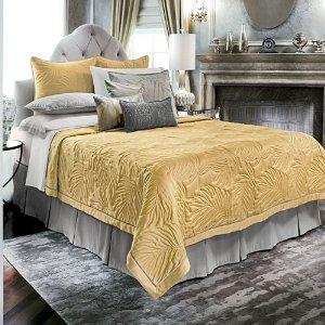 bedding apartments i like blog. Black Bedroom Furniture Sets. Home Design Ideas