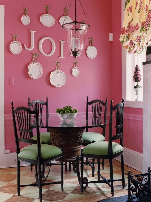 Pink girls room apartments i like blog for Pink dining room ideas