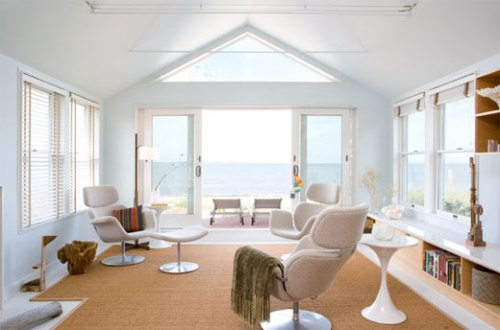 beach-house-interior