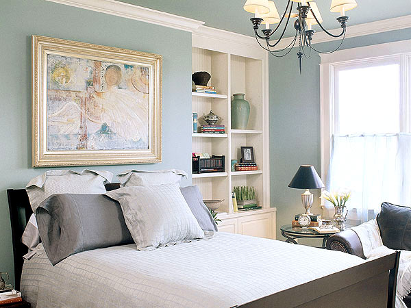 Pale blue bedroom apartments i like blog Master bedroom with green walls