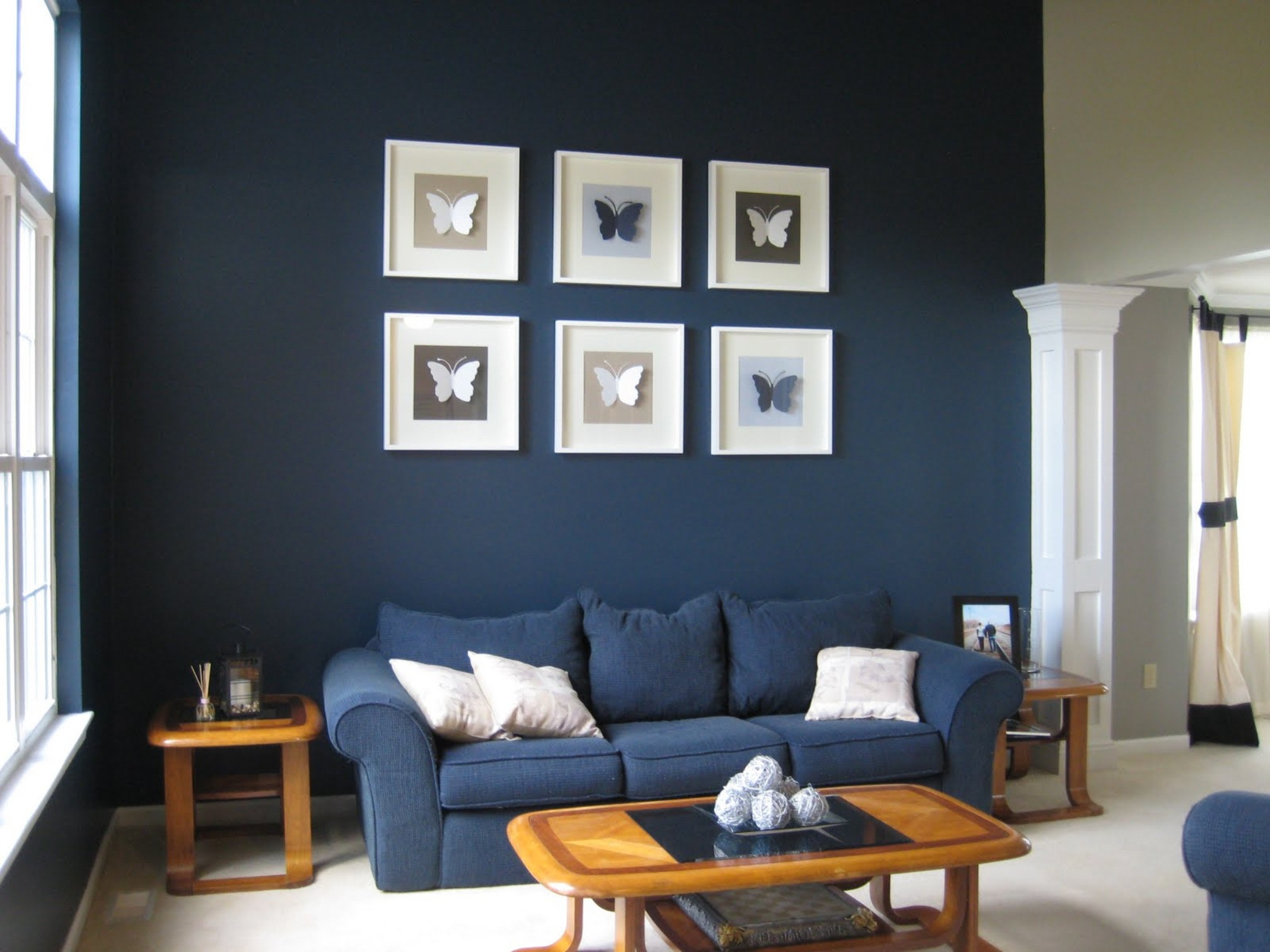 Dark blue living room modern house Room with black walls